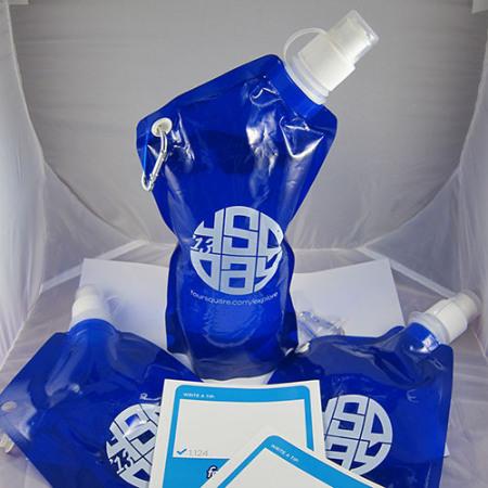 4sqday2013-watter-bottles