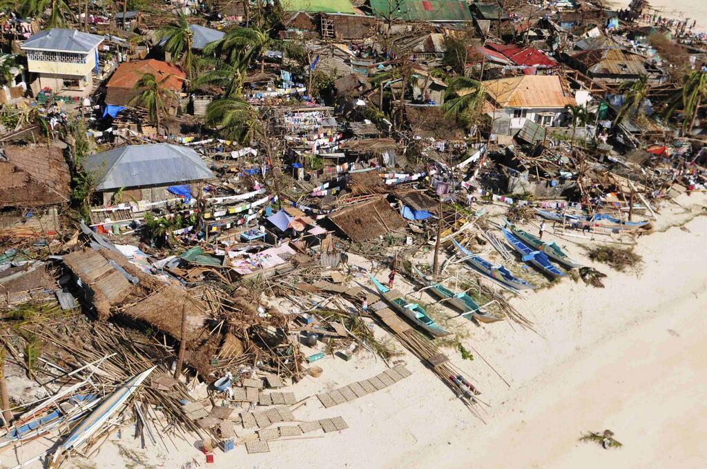 Typhoon-Yolanda-Photo-3-Abs-Cbn